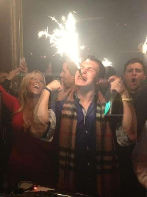 Johnny-Manziel-Drinking